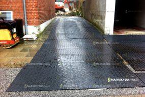 Trottar vägarbete skydd trottoar sidewalk_logo